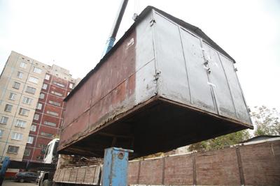 ВОрле продолжают сносить нелегальные гаражи